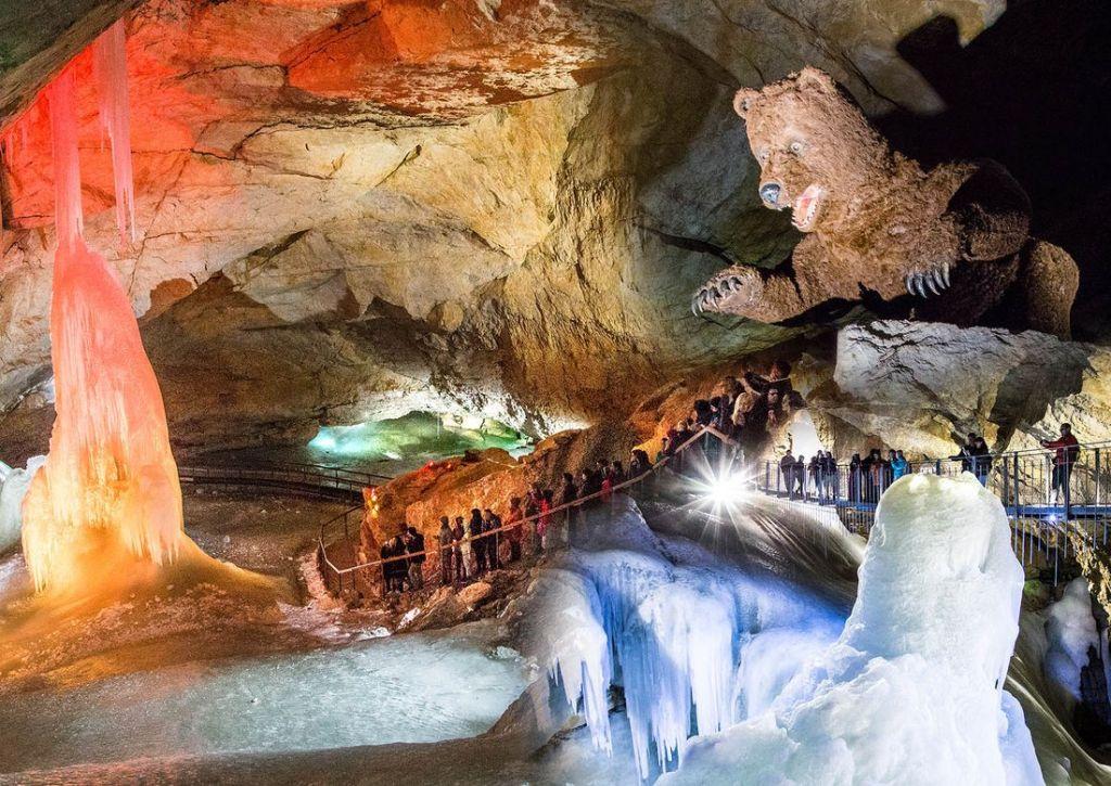 Ice Cave Halstatt