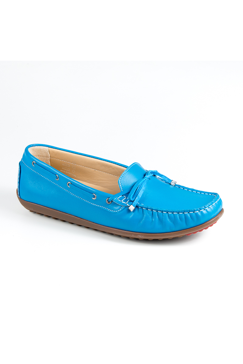 a82ed1e0238 Large size women's moccasins Bella b. 6231.016 | The Tall Collective