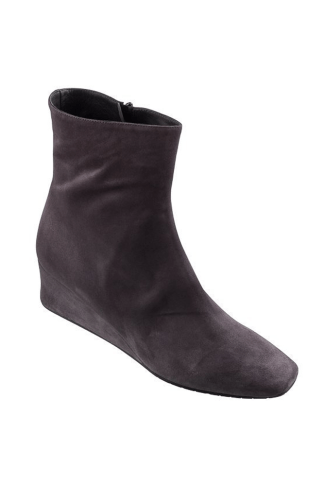 SUEDE ANKLE BOOTS Montmartre
