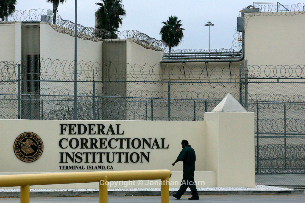 Federal criminal defense attorney state bar board certified criminal law specialist located in southern california, providing effective representation against all criminal charges. Congress To Present Bill for Shorter Federal Prison