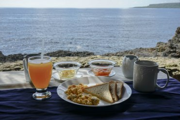breakfast with ocean view at the Hotel Bocaino