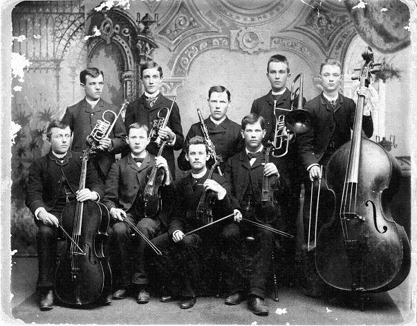 Early Luther orchestra, 1884-1885