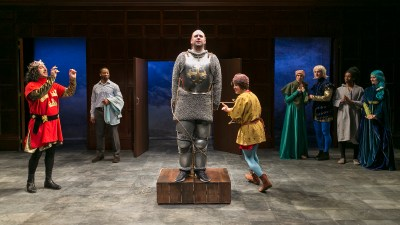 "Guthrie Theater's ""Connecticut Yankee in King Arthur's Court"": Knights, erudite but light"