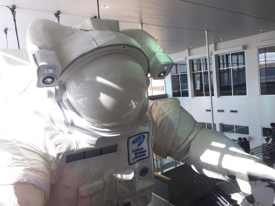 """Science Museum of Minnesota's """"Space"""": Celebrating past triumphs, and crossing fingers for new ones"""