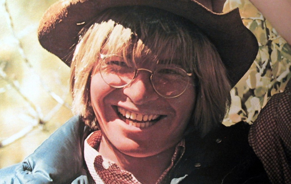 """""""Country Roads"""": Plymouth Playhouse Celebrates the Music of John Denver"""
