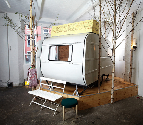 sleep in a camper at berlin s h ttenpalast hotel the tangled nest. Black Bedroom Furniture Sets. Home Design Ideas