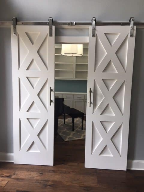55 Incredible Barn Door Ideas Not Just For Farmhouse Style Thetarnishedjewelblog