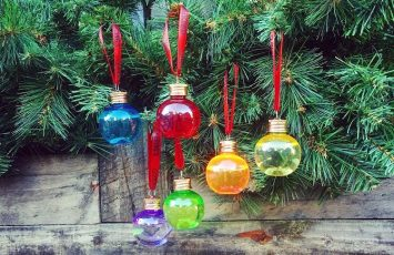 #PickGin Bottle & Baubles
