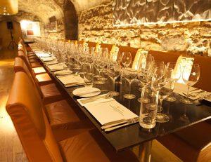 ely-wine-bar-brasserie-in-dublin-chq-building