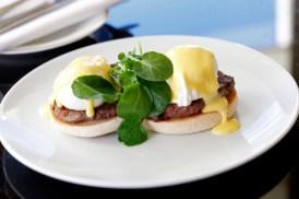 Eggs-Benedict-Shelbourne-Charleville-Beef