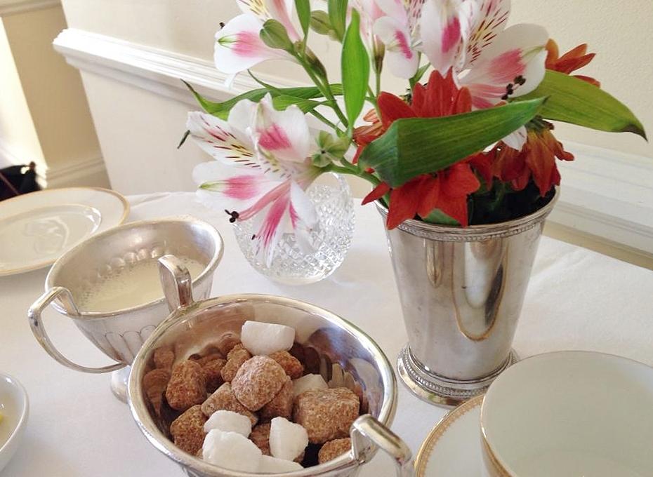 Afternoon tea table setting & Afternoon tea table setting - TheTaste.ie