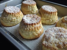 Scones dusted with Icing Sugar