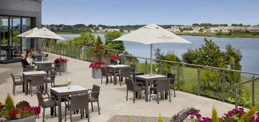 Soak up the Sun this Summer at The Veranda Lounge & Terrace at the Radisson Blu Hotel
