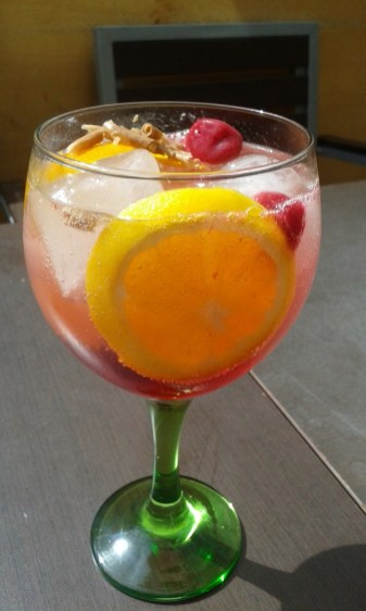 strawberry-gin-at-casa-tono