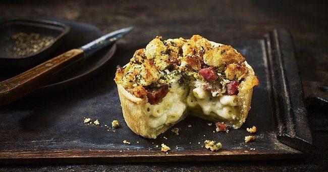 Mac 'n' Cheese Bacon Pie