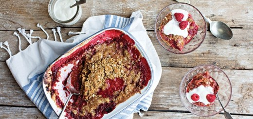 Easy Rhubarb Crumble Recipe