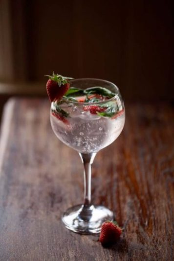 It's Gin O'Clock at Odessa Bar: Share 4 of their Signature G&Ts for two people for only €28