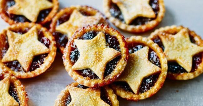 Christmas Pies.Christmas Just Got Merrier Gin Mince Pies Are Now A Thing