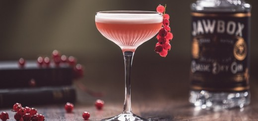 This Gin Cocktail Recipe is Just the Perfect Valentine's Day Tipple