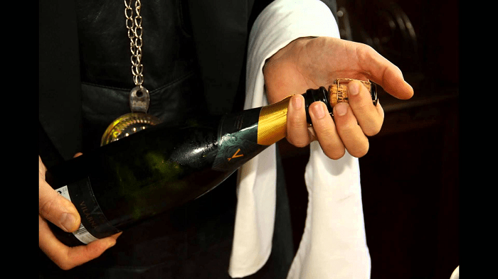Cheat on Champagne with these Sexy Sparkling Wines from Other Regions