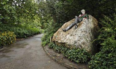Oscar Wilde Statue Merrion Square Dublin