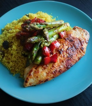 Smoky Chicken Fillet with Pan Roasted Peppers, Asparagus & Couscous Recipe by My Nutition