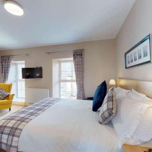 Foyle-Hotel-Accommodation-Room-110-09132019_155716
