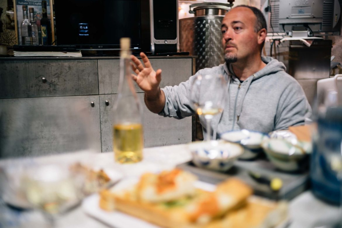 Visit the best winery inCinque Terre, The Taste Edit recommends to book an appointment for a wine tasting withHeydi Bonanini in Riomaggiore at Azienda Agricola Possa winery.