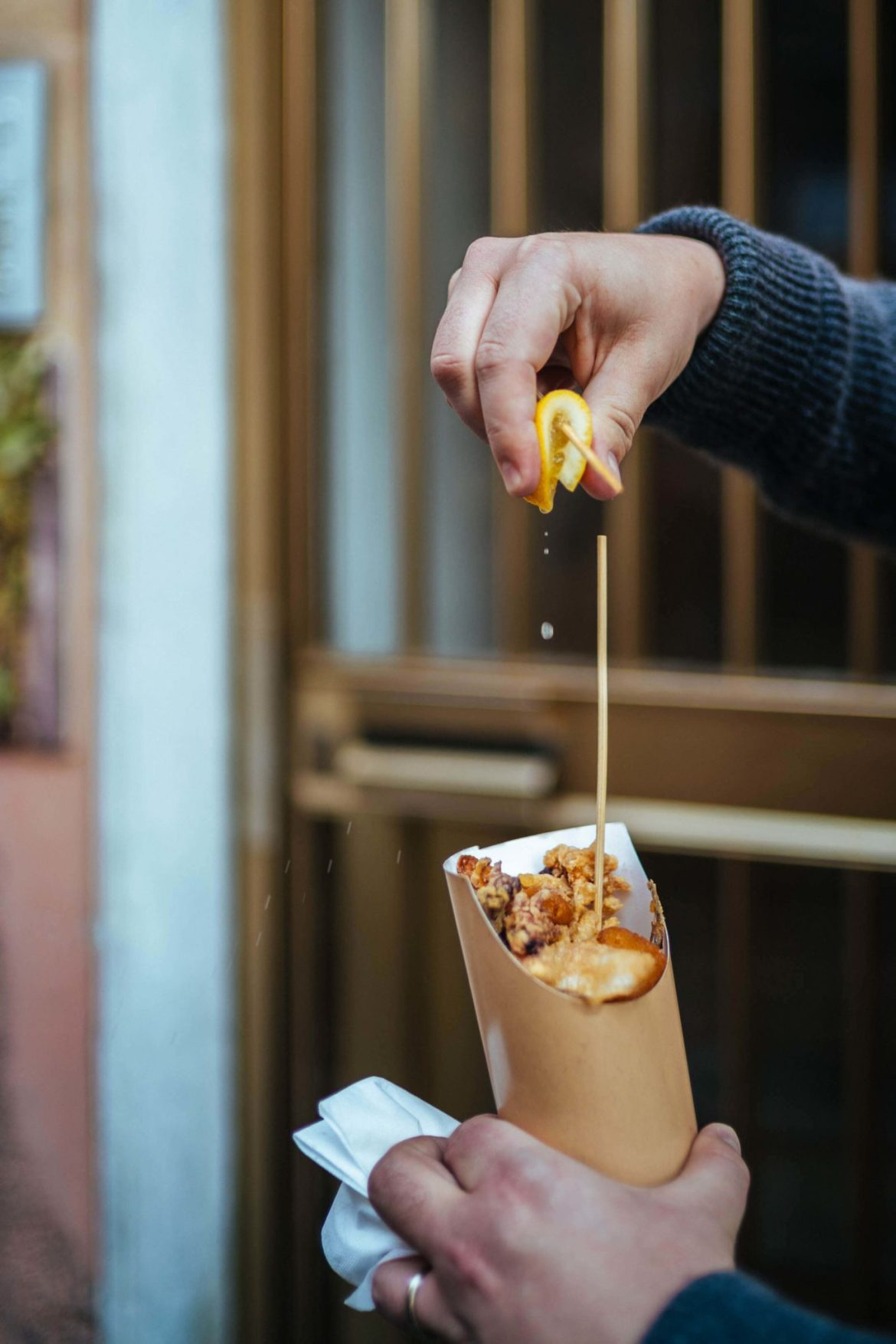 Know where to get the best restaurant with street food in Cinque Terre. Get tips from The Taste Edit for your next visit.