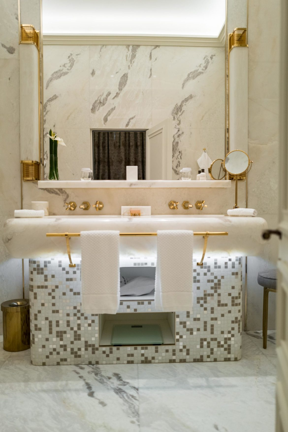 Hotel Eden in Rome's bathrooms are elegant and tall with gold and marble, The Taste Edit #hotel #rome #italy #bathroom