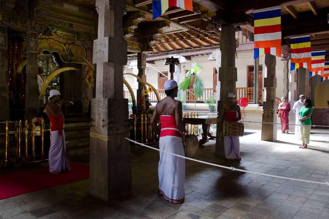 Świątynia Zęba w Kandy, Drumming area