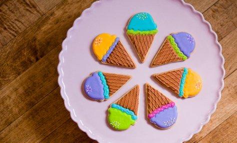 Polkadots Custom Cookies