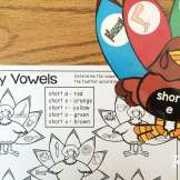 Thanksgiving literacy centers- vowel sort