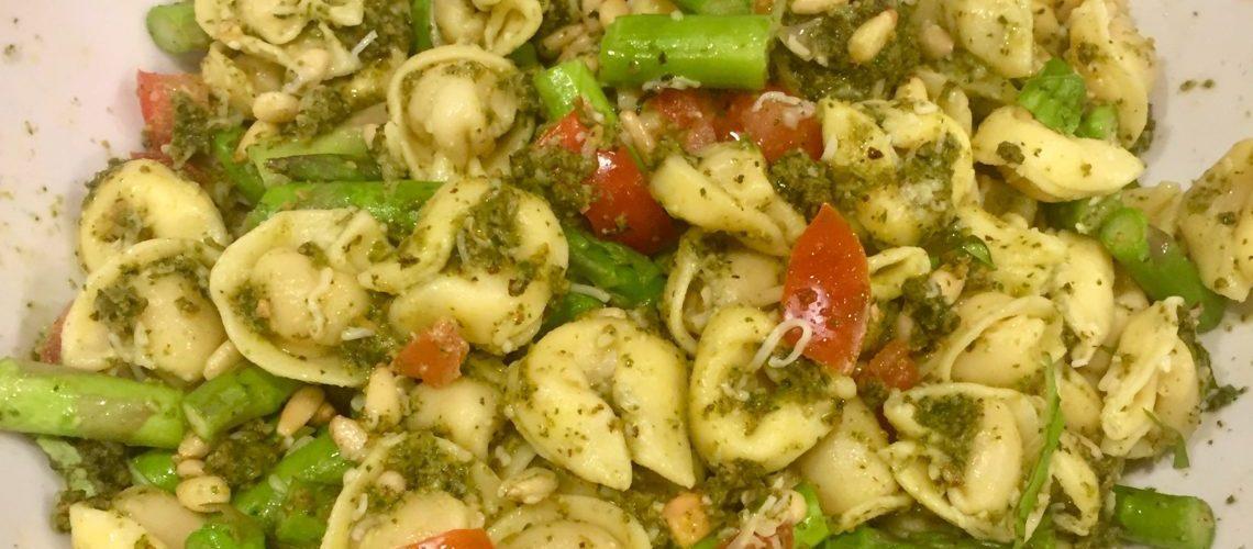 Tortellini Pasta Salad with Pesto and Asparagus