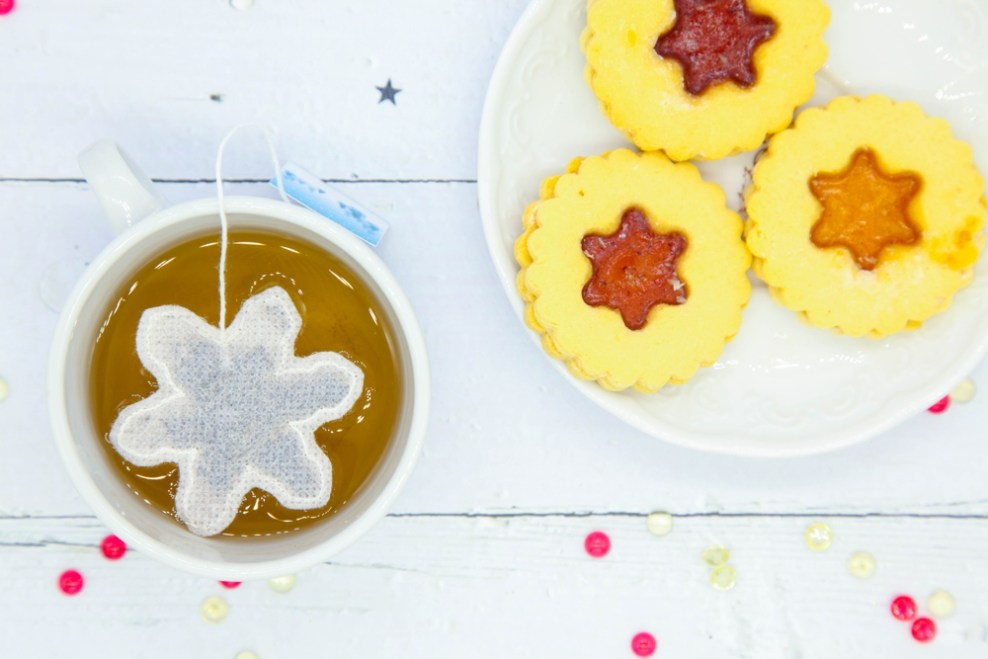 Brin d'Arômes snowflake shaped tea bags feature the tea cup of life blog 11 GREAT GIFT IDEAS FOR PEOPLE WHO LOVE TEA