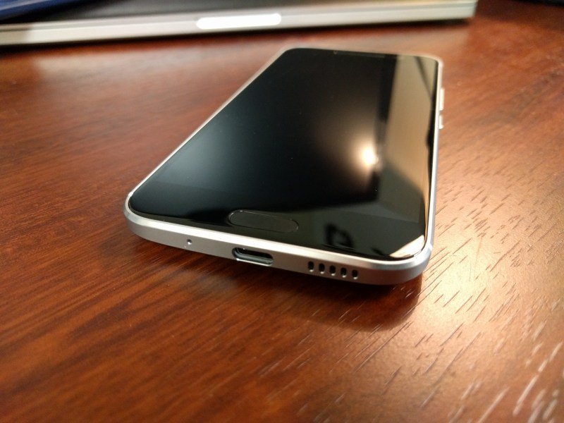 Picture of the HTC Bottom Speaker