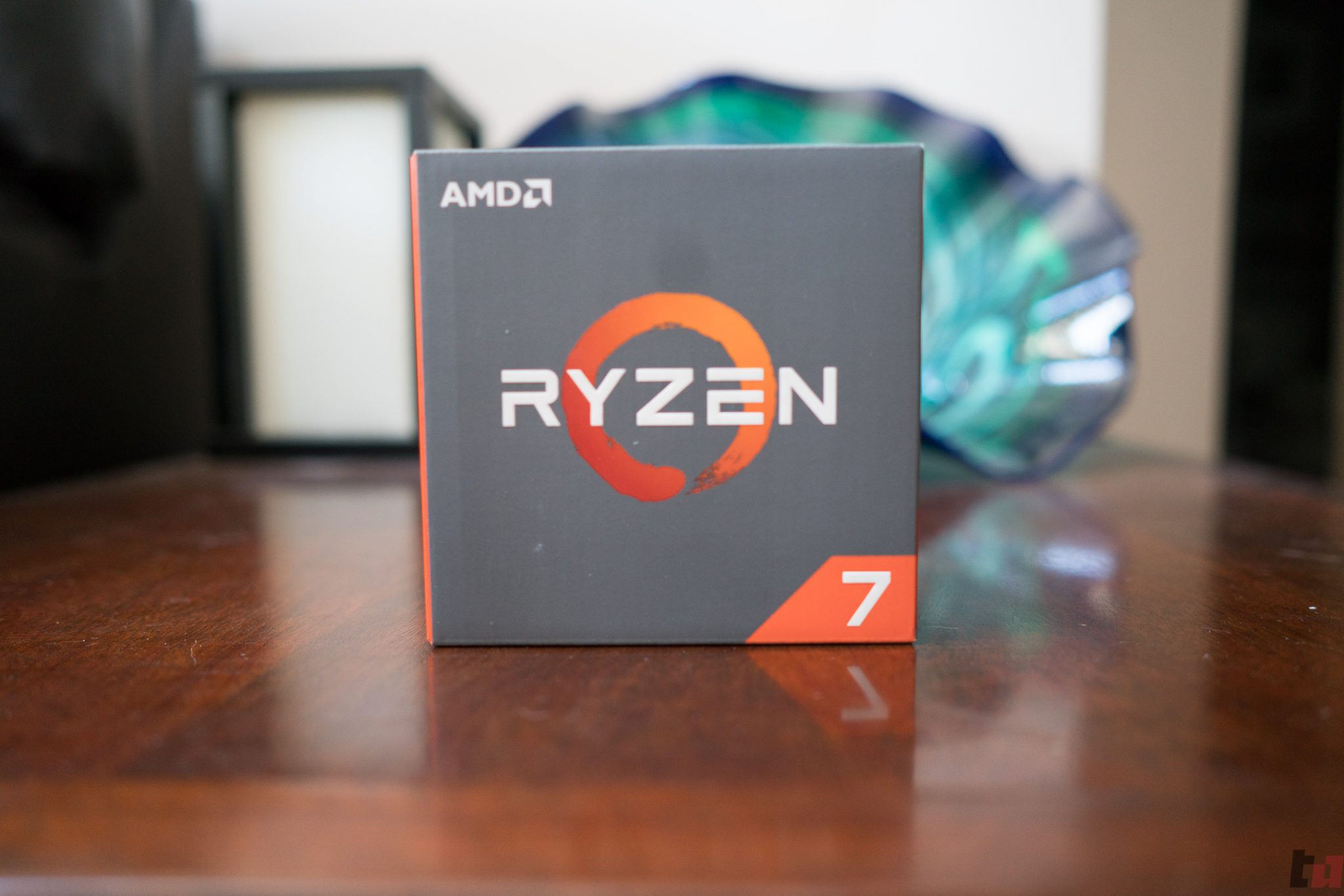 AMD: Windows 10 Scheduler is operating properly, Temperature offsets