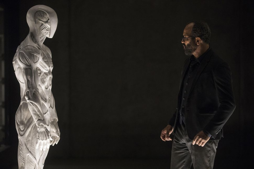 westworld-s2e1-bernard-creepy-bot-2