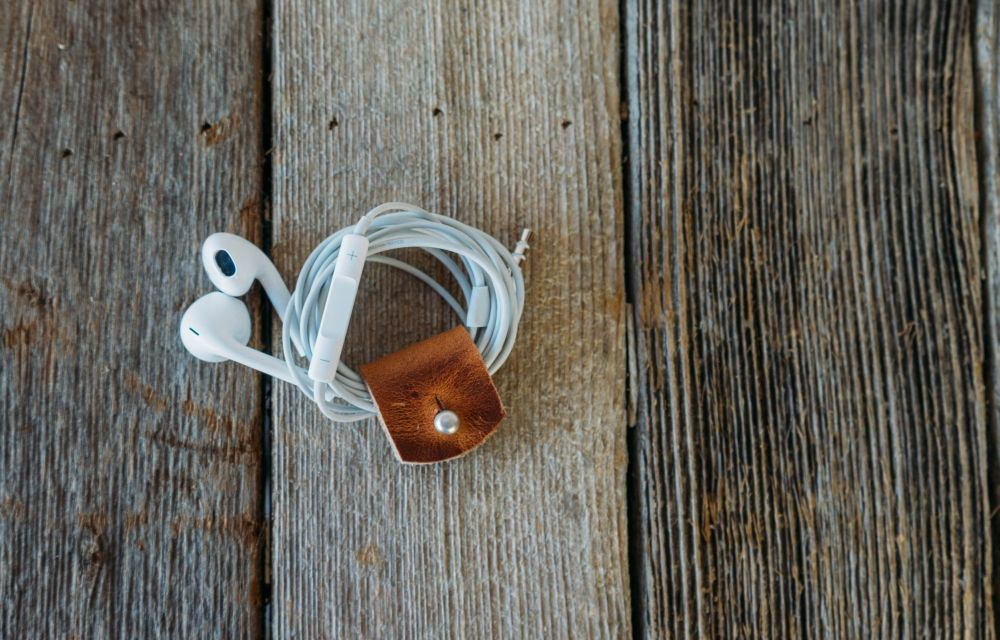 Keep Tangle Free Your Earphones With No. 44 Leather Cord Wrap