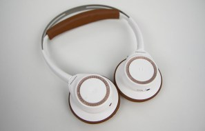 Plantronics Backbeat Sense Review