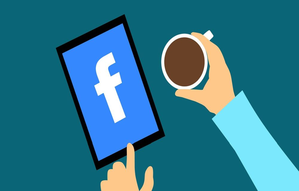 How to appear Offline on Facebook for unwanted People (guide)