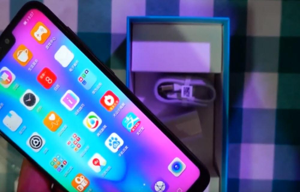 Huawei Honor 8C Display