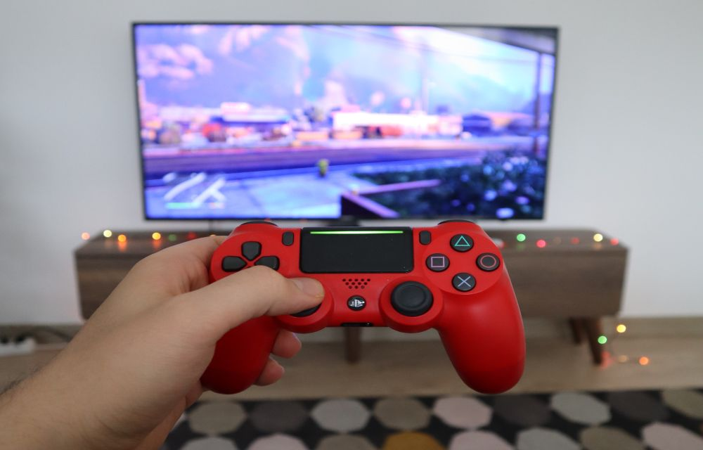 How to Play Android Games on a Full-Screen PC