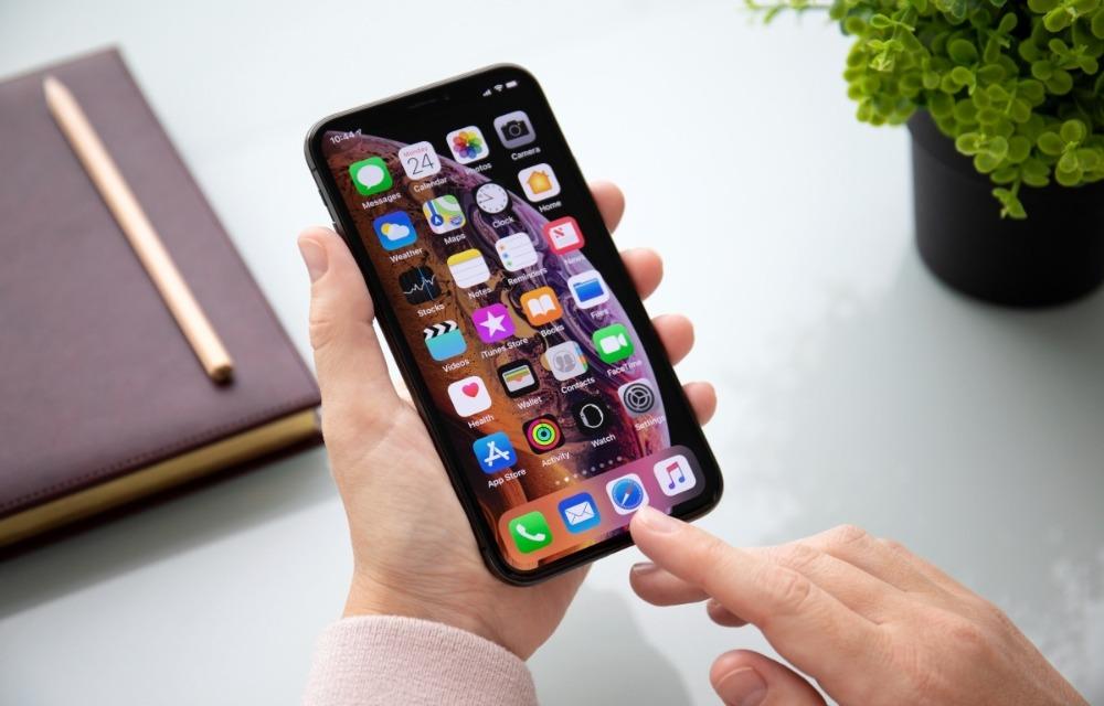 iOS 12 running on iPhone Xs Max