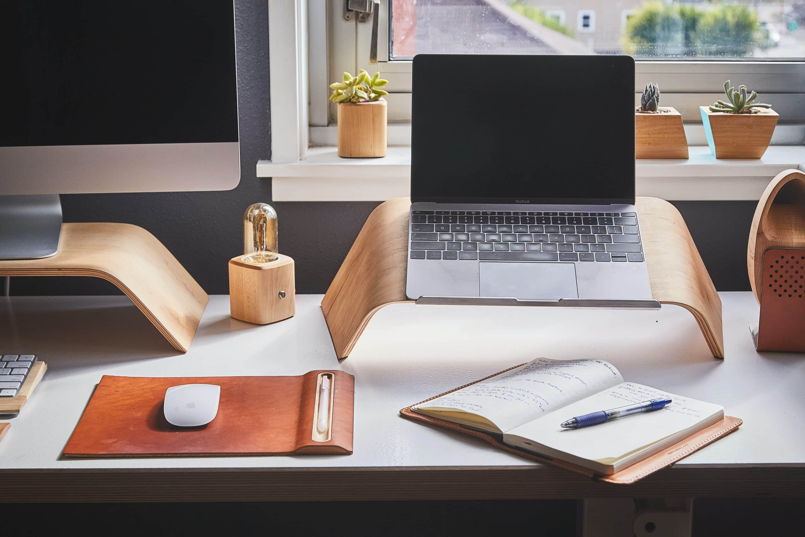 How to Set Up the Perfect Home Office for Remote Work
