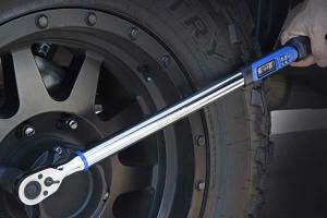 9 Best Digital Torque Wrenches of 2020 For Accurate