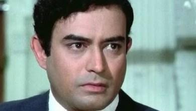 Photo of संजीव कुमारच्या मृत्यूनंतर एक किंवा दोन नाही तर तब्बल १० चित्रपट प्रदर्शीत झाले होते