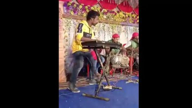 Netizens can't stop praising man's amusing dance moves while playing keyboard. Watch – it s viral