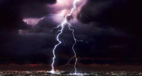 Storms-take-down-Amazon-cloud-458x296