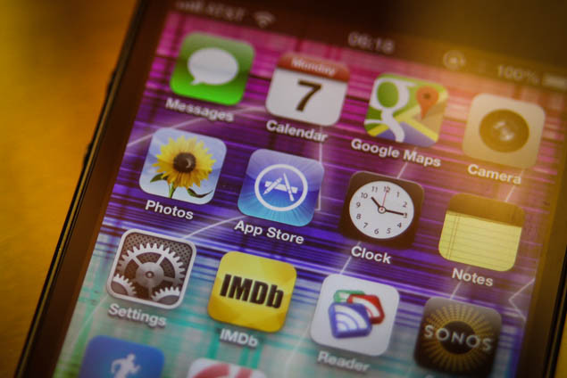 Apple To Launch a Cheaper iPhone?